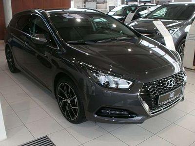 gebraucht Hyundai i40 1,6 CRDi Level 6 DCT Aut. Kombi / Family Van
