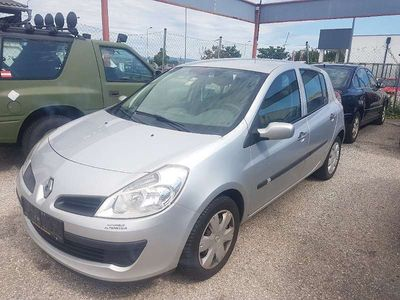 gebraucht Renault Clio 1.2 Limousine,