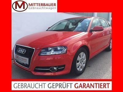 gebraucht Audi A3 Sportback 1,6 TDI DPF e Limousine,