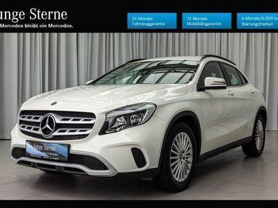 gebraucht Mercedes GLA180 d Automatik / Style