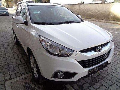 gebraucht Hyundai ix35 2,0 CRDi Premium 4WD SUV / Geländewagen