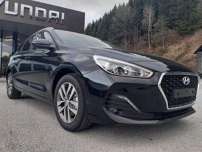 gebraucht Hyundai i30 Kombi CW 1,0 T-GDI Level 3 Plus, Level 3 Plus, 120 PS, 5 Türen, Schaltgetriebe