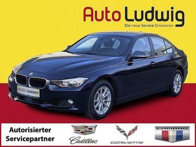 gebraucht BMW 320 i Aut.