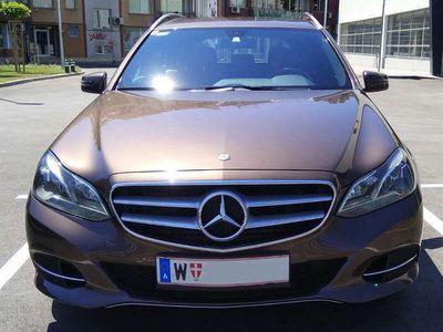 gebraucht Mercedes E300 E-KlasseBlueTEC, EURO 6, 9-Gang-Getribe Kombi / Family Van