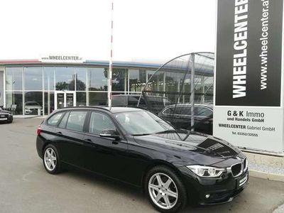 gebraucht BMW 320 3er-Reihe d Touring Advantage Aut. * NAVI * LED Kombi / Family Van