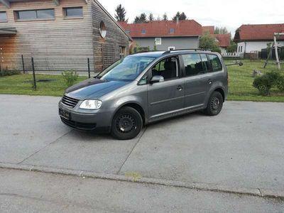 gebraucht VW Touran 1.9 TDI Kombi / Family Van
