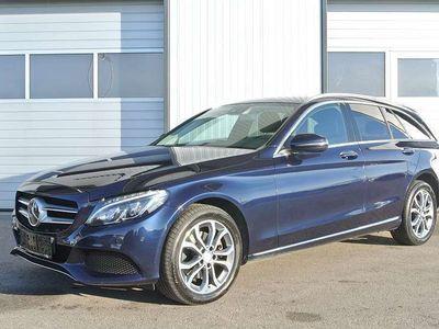 gebraucht Mercedes C220 C-Klassed T Avantgarde 4MATIC Aut. * LEDER* NAVI * ACC * LED * Kombi / Family Van