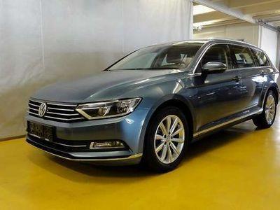 gebraucht VW Passat Variant Highline 2,0 TDI DSG VIELE EXTRAS !! Kombi / Family Van