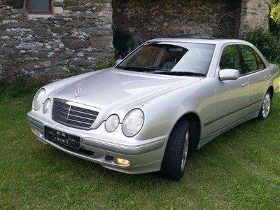 gebraucht Mercedes E320 4matic Limousine