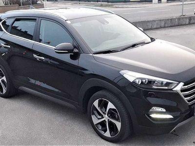 gebraucht Hyundai Tucson 2,0 CRDI 4WD Style Aut. SUV / Geländewagen