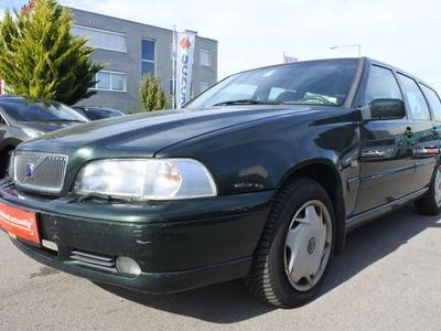 gebraucht Volvo V70 2,5 Metrop. Plus TDI Aut.+LEDER+ Kombi / Family Van
