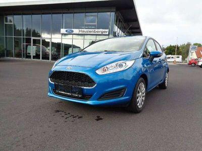 gebraucht Ford Fiesta Trend 1,5TDCI 75 PS, WP, So+Wi, PP vo + hi, BT,