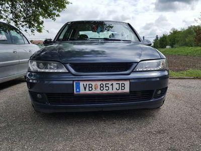gebraucht Opel Vectra 2.2 DTI Elegance