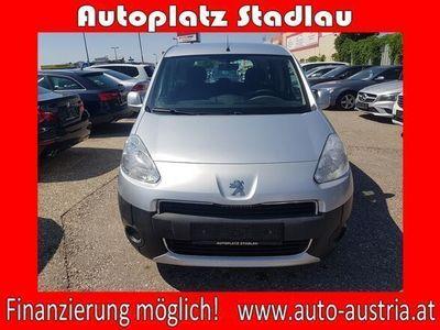 gebraucht Peugeot Partner Tepee PartnerActive 1,6 e-HDi 92 FAP *FINANZIE...