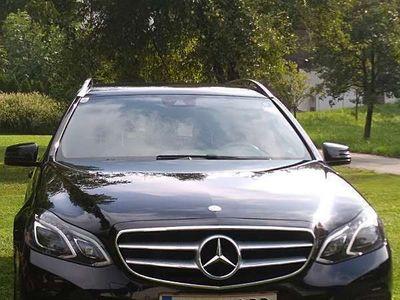 gebraucht Mercedes 250 E-Klasse TECDI 4Matic Avantgarde Kombi / Family Van