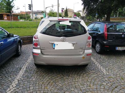 gebraucht Toyota Corolla Verso Verso2.2 dcad 136 ps Kombi / Family Van