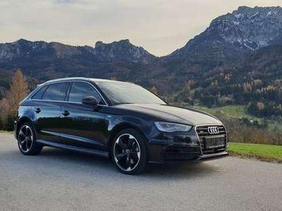 gebraucht Audi A3 Sportback quattro Sport 2,0 TDI S-tronic 2xS-Line mit Vollausstattung Limousine