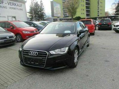 gebraucht Audi A3 Sportback Select 1,6 TDI DPF Limousine