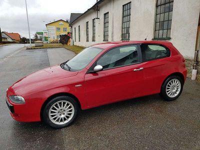 gebraucht Alfa Romeo 147 1,9 JTDM Distinctive Limousine