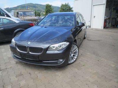 gebraucht BMW 525 5er-Reihe d xDrive Touring Österreich-Paket Aut. Kombi / Family Van