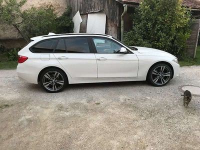 gebraucht BMW 320 3er-Reihe d Touring F31 Kombi / Family Van