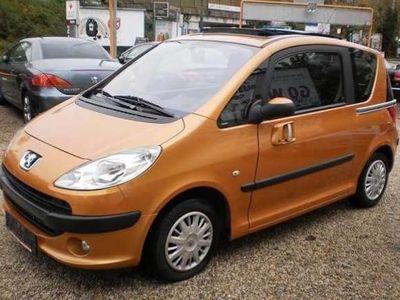 gebraucht Peugeot 1007 HDI 68 PS 50 kW Kombi / Family Van