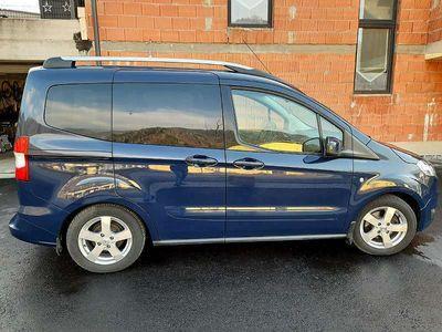 gebraucht Ford Tourneo Courier 1,0 EcoBoost Start/Stop Titanium Kombi / Family Van