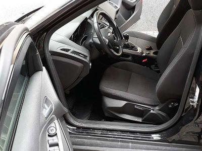 gebraucht Ford Focus Kombilimousine 1,6 Kombi / Family Van
