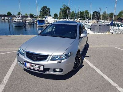 gebraucht Honda Accord 2,4 i-VTEC Executive Aut.