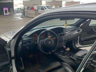 gebraucht BMW 330 3er-Reihe Coupé Diesel (E92) Coupé