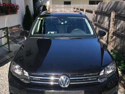 gebraucht VW Touareg Sky V6 TDI BMT 4Motion Aut. PANO AHK