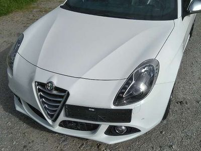 gebraucht Alfa Romeo Giulietta 2,0 **VOLLAUSSTATTUNG** Sportwagen / Coupé