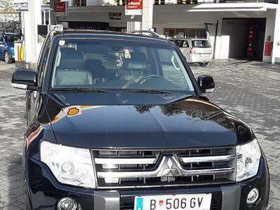 brugt Mitsubishi Pajero 3,2 DI-D Instyle SUV / Geländewagen,