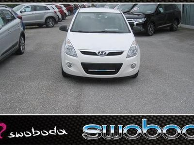 gebraucht Hyundai i20 1,25 Life Limousine,