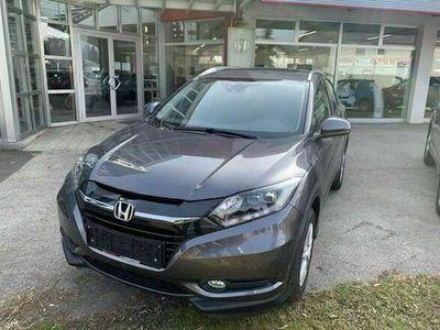 gebraucht Honda HR-V 1,5 i-VTEC Executive CVT SUV / Geländewagen