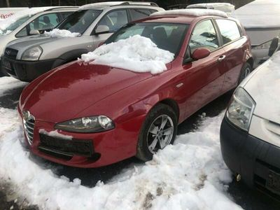 gebraucht Alfa Romeo 147 Alfa 1,6 Twin Spark Distinctive alu euro 4