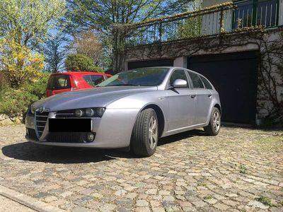 gebraucht Alfa Romeo 159 PICKERL NEU 1,9 jtdm SPORTWAGON Kombi / Family Van,