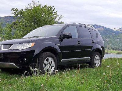 used Mitsubishi Outlander 2,0 Di-D SUV / Geländewagen,