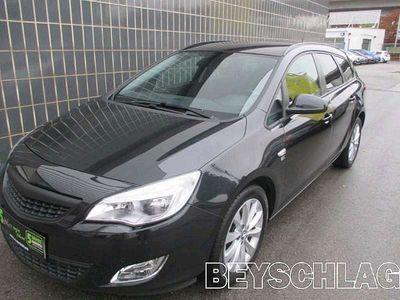 gebraucht Opel Astra ST 1,7 Ecotec CDTI iCon Edition Kombi / Family Van,