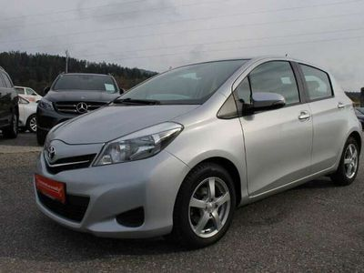 gebraucht Toyota Yaris 14 D-4D 90 DPF Life*nur Km 22500*