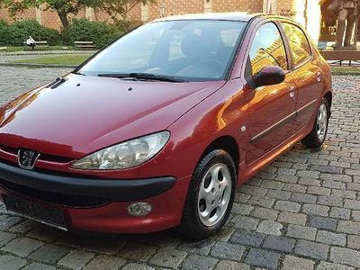 gebraucht Peugeot 206 1,4 HDI MIT 145,000 KM + GUTACHTEN BIS 04,2021 Klein-/ Kompaktwagen