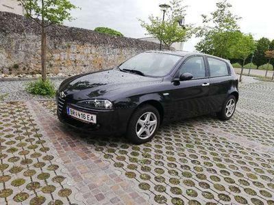 gebraucht Alfa Romeo 147 Klein-/ Kompaktwagen
