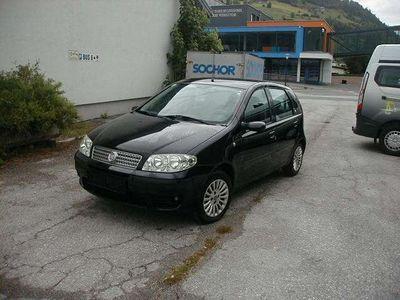 gebraucht Fiat Punto /Classic 1,2 Italia/1.hand/tüv neu bis09/2022/