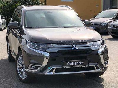gebraucht Mitsubishi Outlander P-HEV 2,4 4WD Intense+ 20