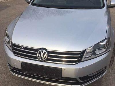 gebraucht VW Passat Highline BMT TDI DPF 4MOTION Kombi / Family Van