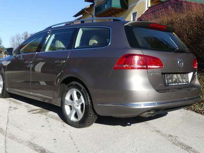 gebraucht VW Passat Variant Highline BMT TDI DPF 4Motion Kombi / Family Van,