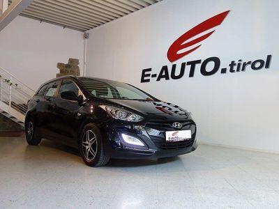 gebraucht Hyundai i30 CW 1,4 CVVT *FACELIFTMODELL* *LED-TAGFAHRLICHT*