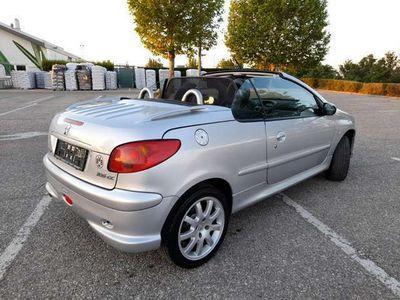 gebraucht Peugeot 206 CC 2,0 pLATINUM ***Der Sommer kann kommen***.