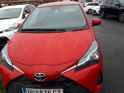 gebraucht Toyota Yaris 1,0 VVT i Klein-/ Kompaktwagen