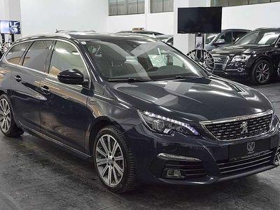gebraucht Peugeot 205 308 SW 1,6 e-THPGT S&S**LED**NAVI**MASSAGE... Kombi / Family Van